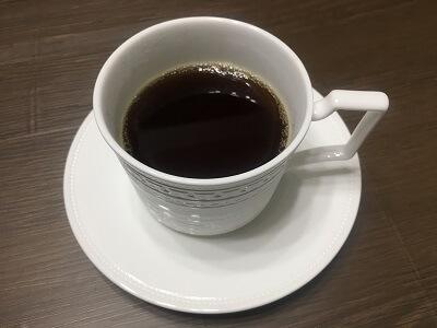 コーヒー豆で淹れたコーヒー
