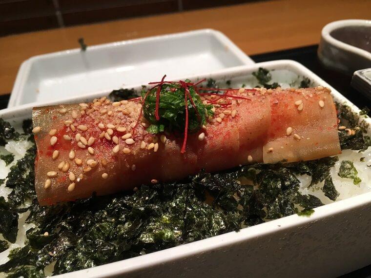 【お昼には整理券終了】4時間待ちの元祖博多めんたい重を食べるための攻略法