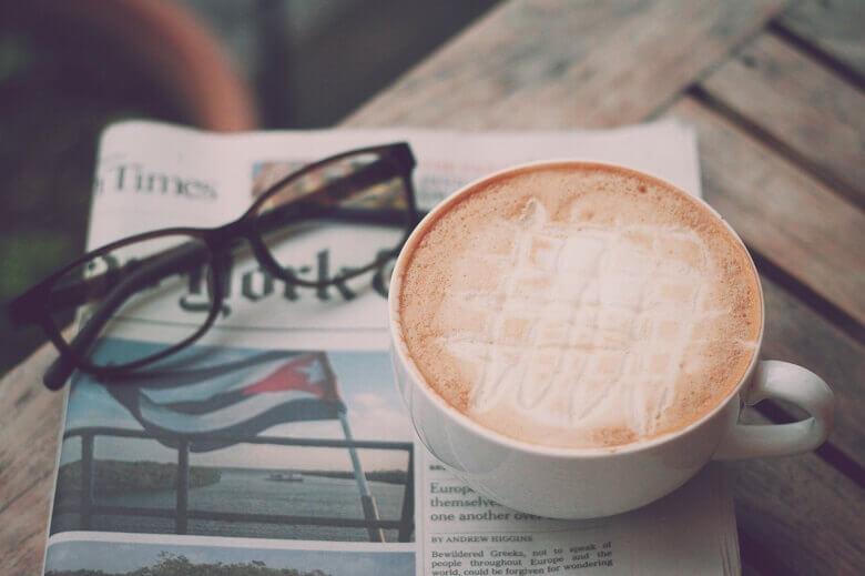 自分にぴったりのメガネで快適な日常