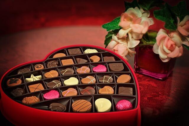 【面倒な会社用バレンタイン】かんたんでコスパの良くて相手の負担にならない義理チョコの選び方